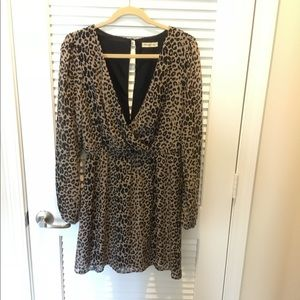 ARDEN B Leopard party dress! Size USA Lrg